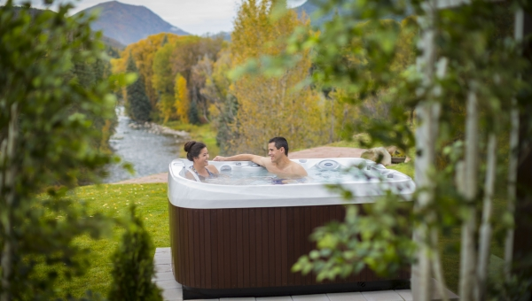 Holiday cottages with a hot tub