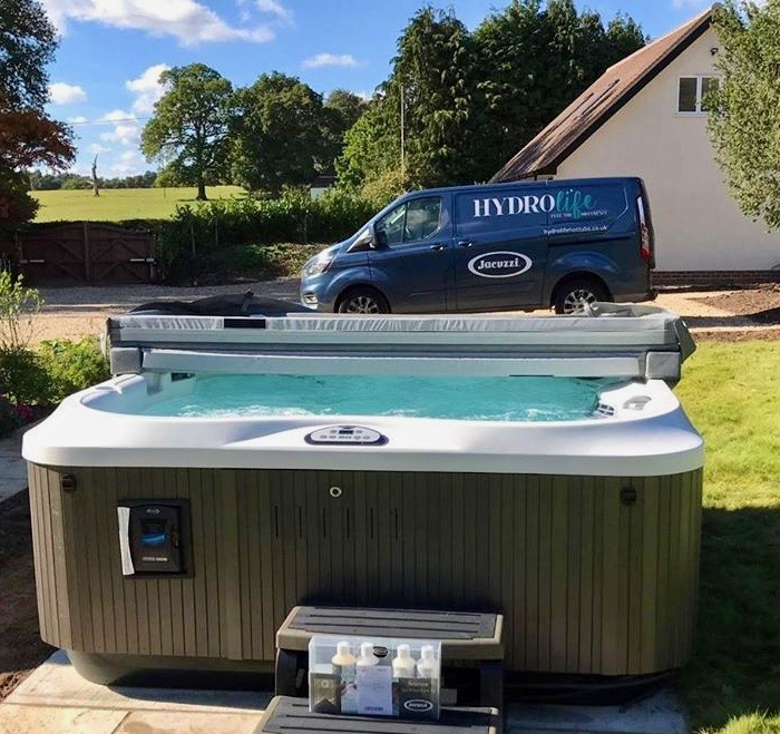 Hydrolife Jacuzzi® Hot Tub Installation Team