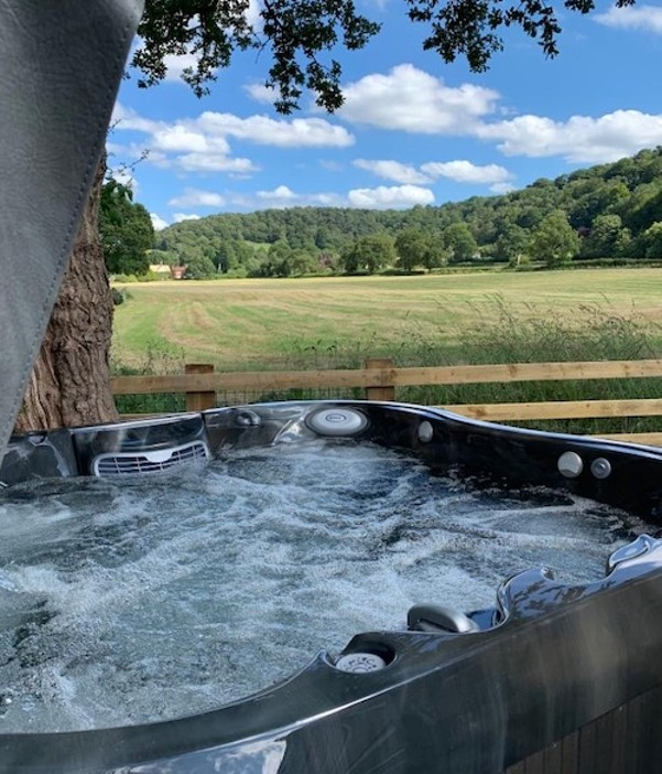 Jacuzzi Hot Tub Filled